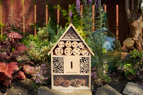 bee hotel 2nd example
